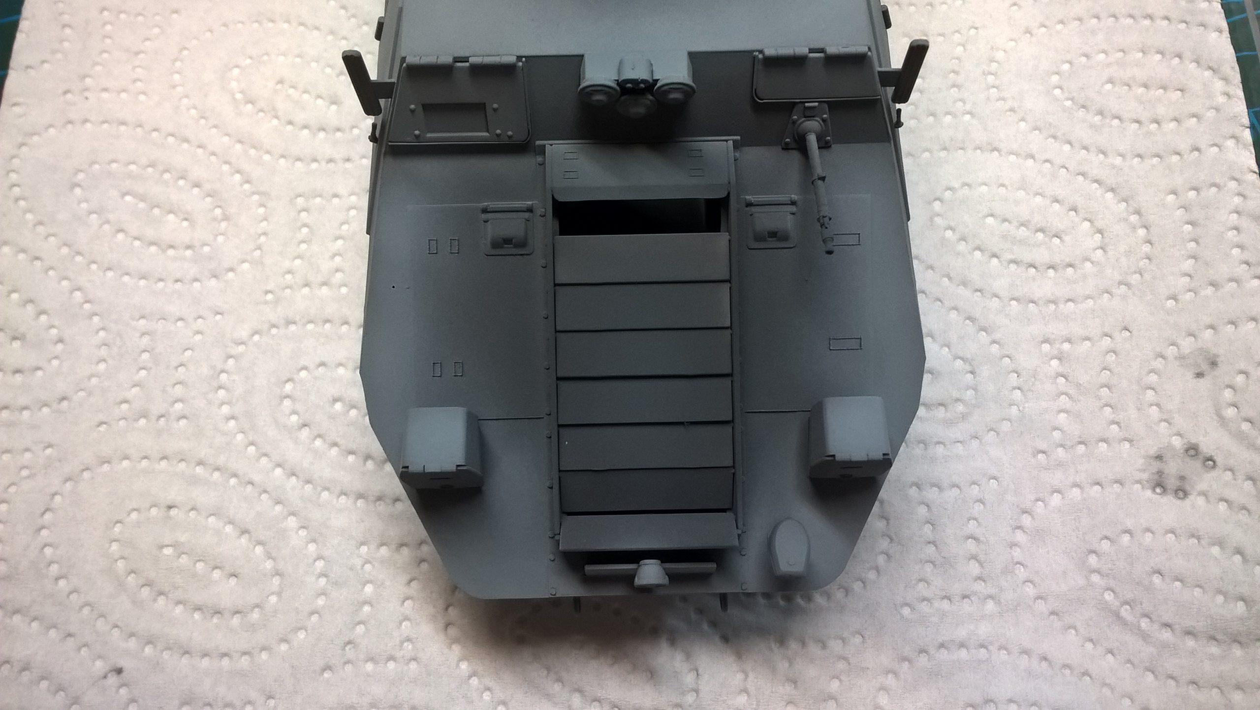 Model M35 Mittlere Panzerwagen 045